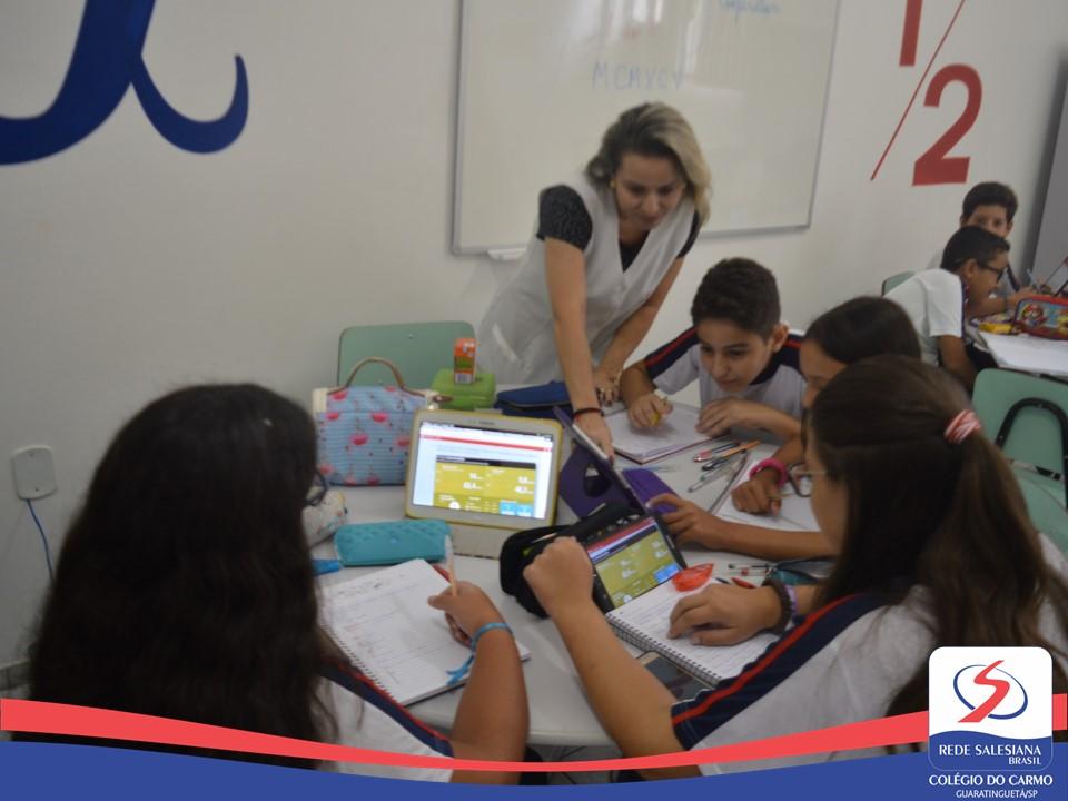 Estudantes realizam atividade de Aprendizagem cooperativa de Matemática