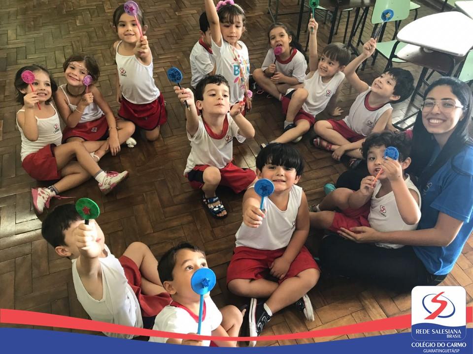 Produção de ponteiras de lápis: Criatividade e aprendizagem no Programa Bilíngue (Infantil III)