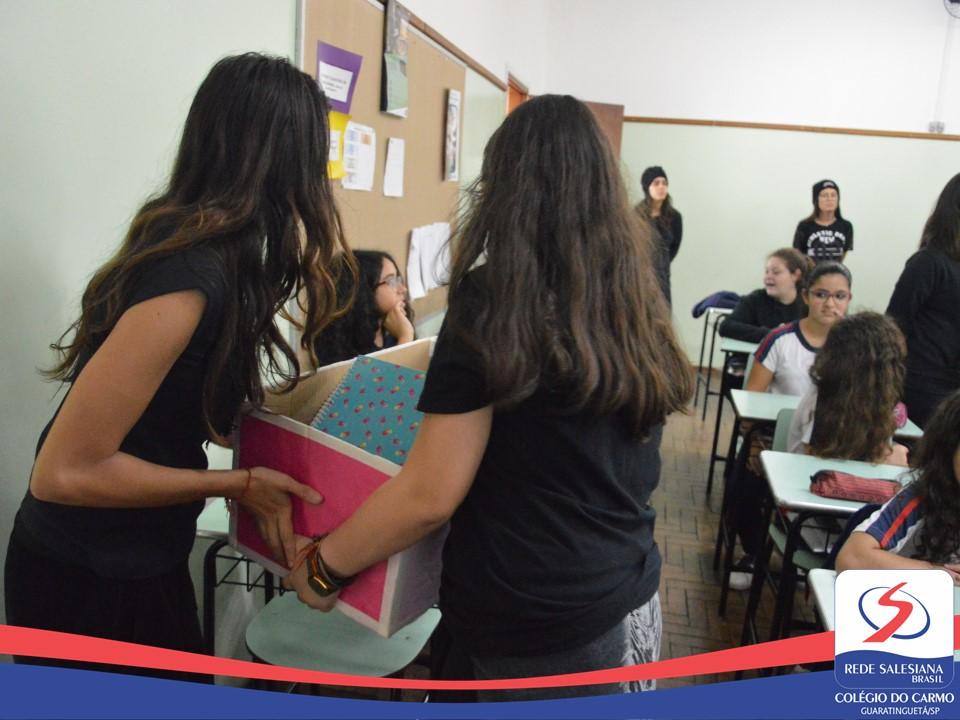 Estudantes arrecadam livros para serem doados a Instituições [Semana Literária]