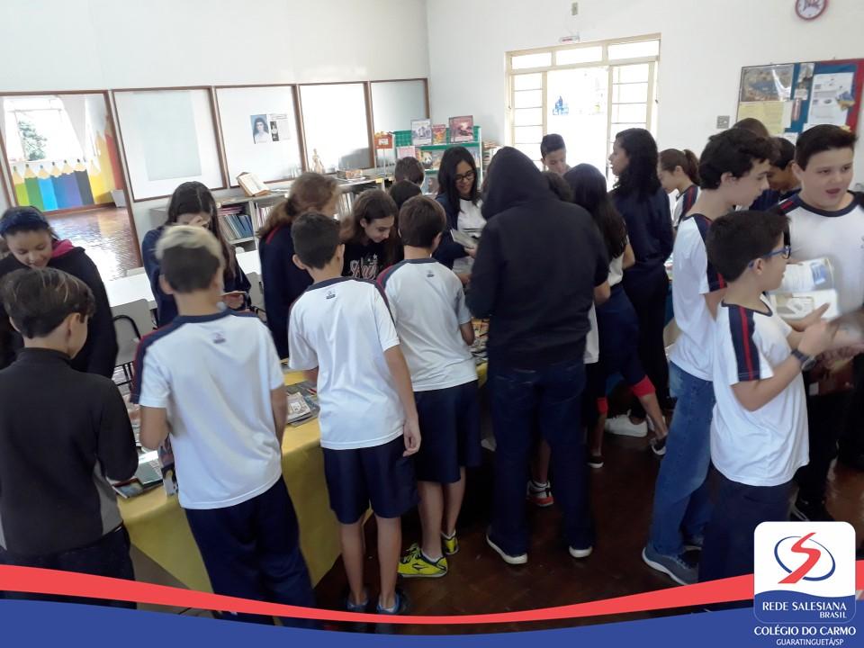 Estudantes do EFII e EM realizam Projeto de Leitura